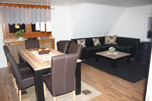 ferienwohnung hennef uckerath. Black Bedroom Furniture Sets. Home Design Ideas